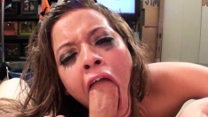 Alluring Ashlynn Leigh puts her blowjob and rimjob skills into action