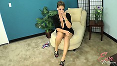Eva Notty in an interview talks about sex and shows some nice legs