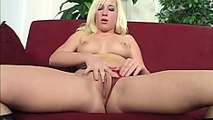 Beautiful glorious whore has her vaginal muscles stretched by mighty cum-stick