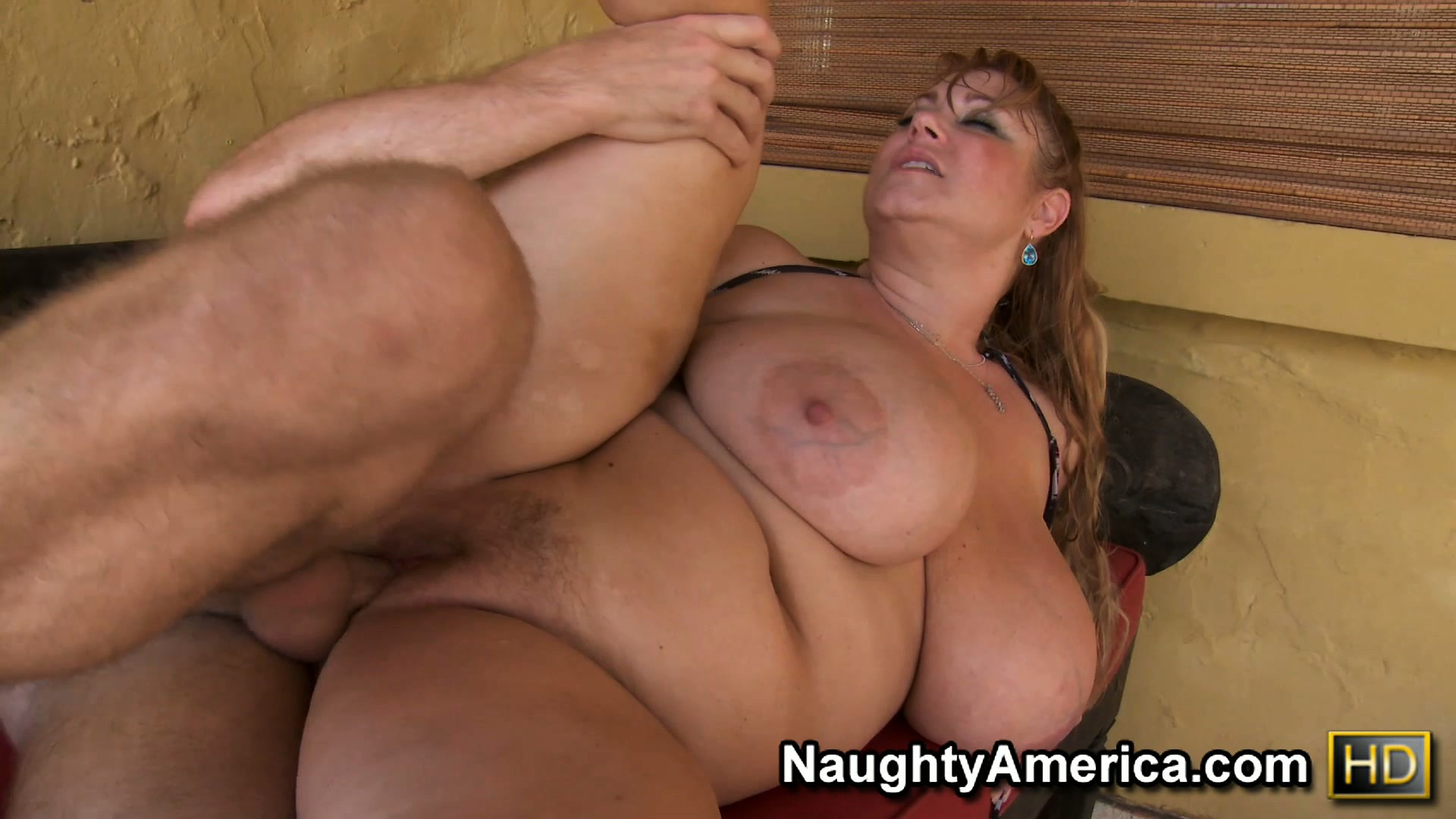 Plumper Whore - Download Plumper slut Samantha has huge hooters and a fat pussy getting  fucked from vivatube.com