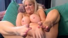 Mommy teach you to cum!
