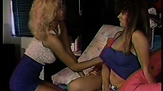 Hot lesbians lick slit and fuck pussy with their special dildo toy