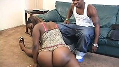 Curvy black babe shows him how flexible she is then fucks him